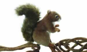 Squirrel, small, by Hansa