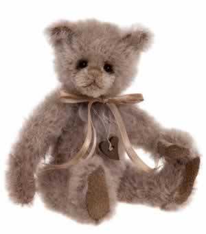 Heartstrings by Charlie Bears