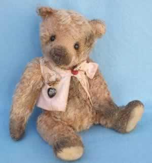 Maisie by Brimbin Forest Bears