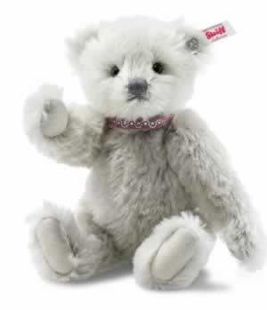 Love Teddy Bear (006470) by Steiff