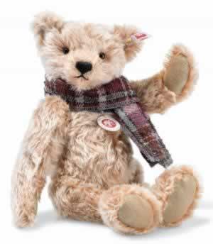 Willy Teddy Bear (006623) by Steiff