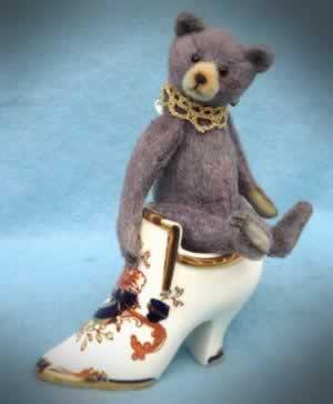Veronika by Nugget Bears